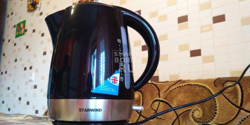 чайник STARWIND SKP 4622