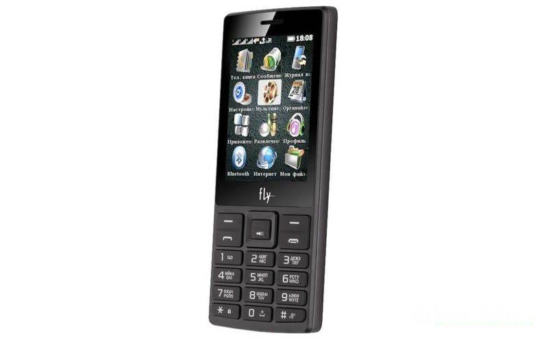смартфон на 3 сим-карты Fly TS112