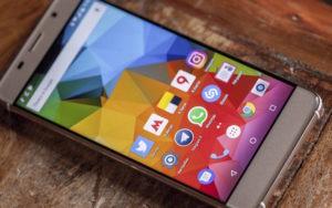 бюджетный смартфон Pixelphone S1