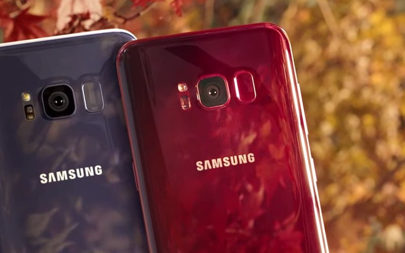 красные смартфоны Samsung Galaxy S9