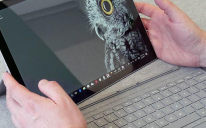 Microsoft Surface Pro (2017) с диагональю 12 дюймов