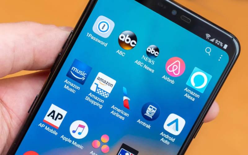 телефон с большим экраном LG G7 ThinQ