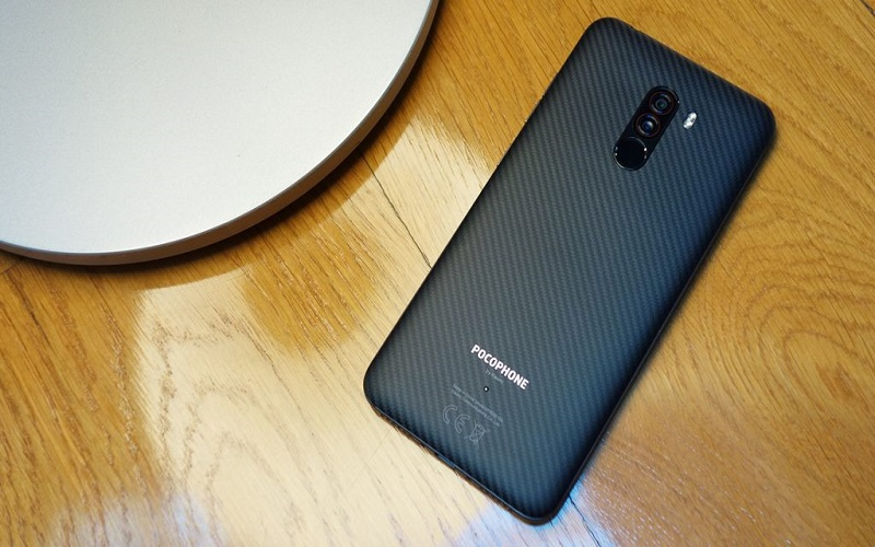 Pocophone-F1-top-down-by-lamp-1024x576