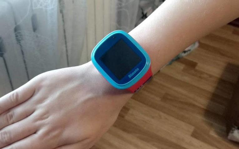 умные часы с GPS Aimoto Кнопка Жизни Человек-Паук 9