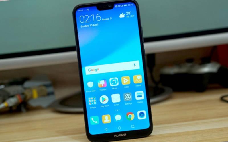 Недорогой смартфон с хорошей камерой Huawei P20 Lite