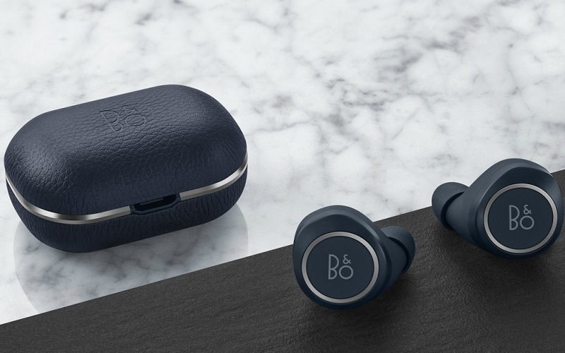 bang-olufsen-e8-2-0-wireless-earphones-3