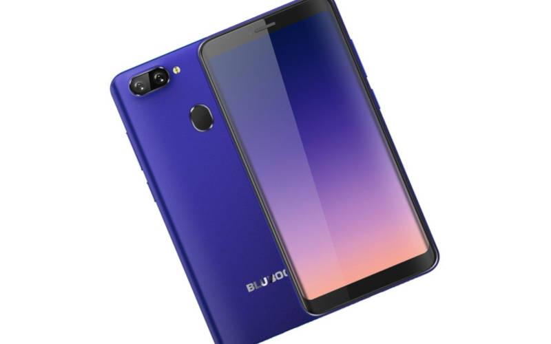 недорогие китайские смартфоны Bluboo D6