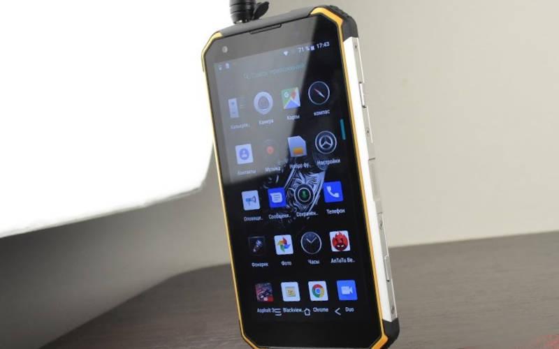 телефон с хорошей батареей Blackview BV9500 Pro