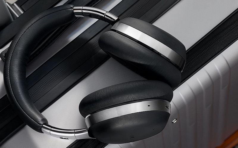 montblanc-smart-wireless-headphones-ss20-release-3-1