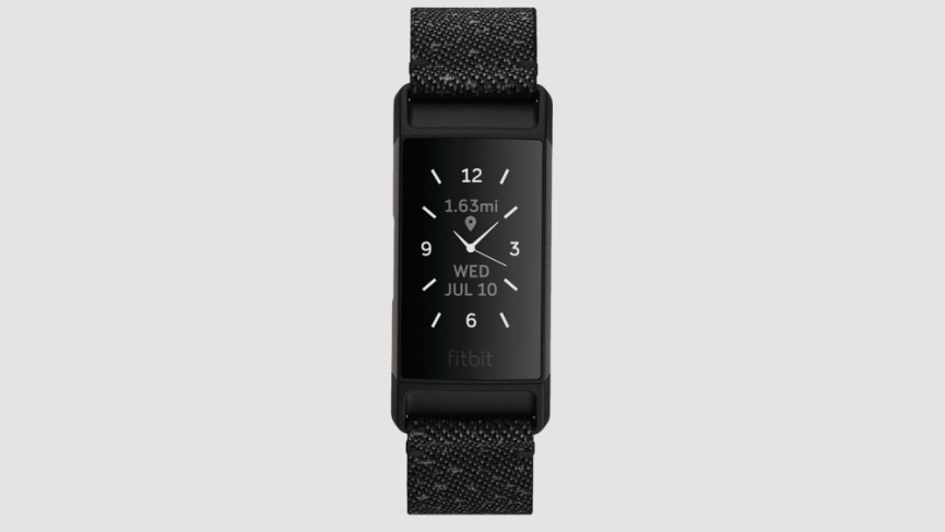 fitbit-charge-4-render-front-se-granite-black-clock-default-shadow-1585658458-5s94-column-width-inline